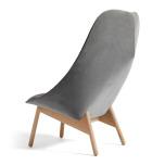 Uchiwa lounge chair och fotpall. Roden och Lola
